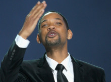 OSLO, NORWAY - DECEMBER 11:  Will Smith hosts the Nobel Peace Prize Concert at Oslo Spektrum on December 11, 2009 in Oslo, Norway. Tonight's Nobel Peace Prize Concert is hosted by Will Smith and Jada Pinkett Smith and honours this year's Nobel Peace Prize winner US President Barack Obama.  (Photo by Chris Jackson/Getty Images)