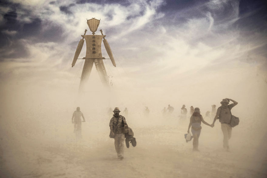 burning-man-festival-photography-victor-habchy-nevada-19