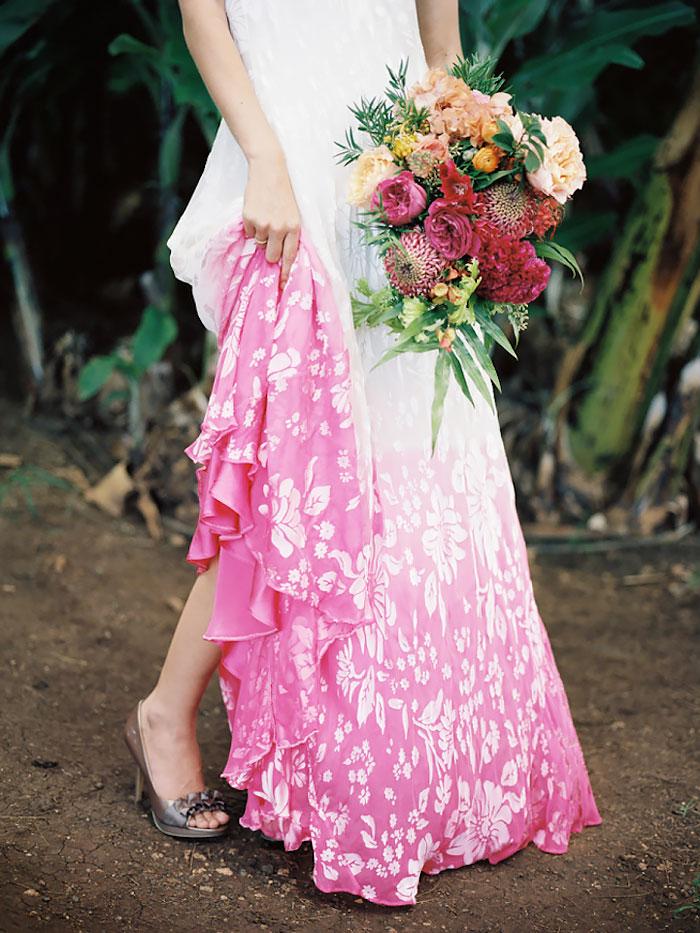 dip-dye-wedding-dress-trend-11-57cdba849889e__700