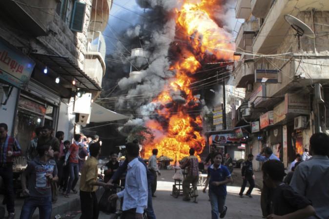 """Flavio Insinna: """"La vera emergenza è la guerra, non chi arriva o quanti ne arrivano o da dove arrivano"""""""