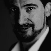 """""""Incantesimi. Tra favole e satira"""": a Roma lo spettacolo musico-teatrale di Gaspare Russo"""