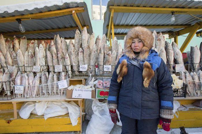 worlds-coldest-village-oymyakon-siberia-5a5db6ca24fb0__700