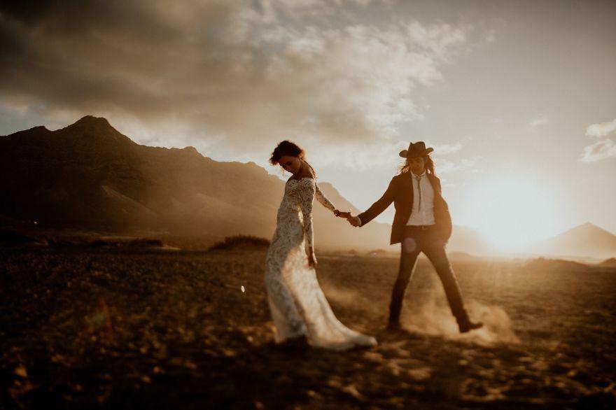 Love-Around-the-World-The-Top-50-Destination-Photos-of-2018-5b8506b639ece__880