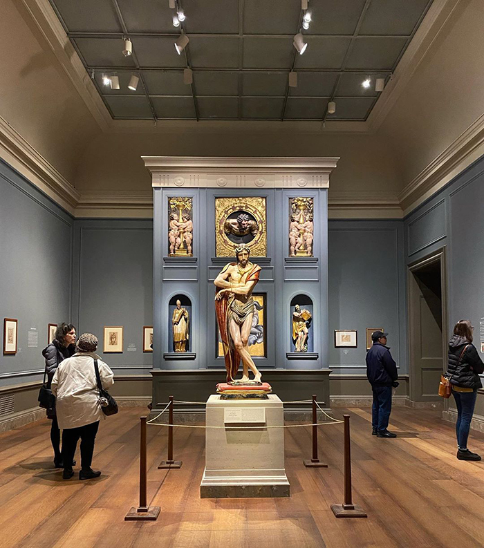 famous-museums-offering-virtual-tours-5e6f3ae13f2bd__700
